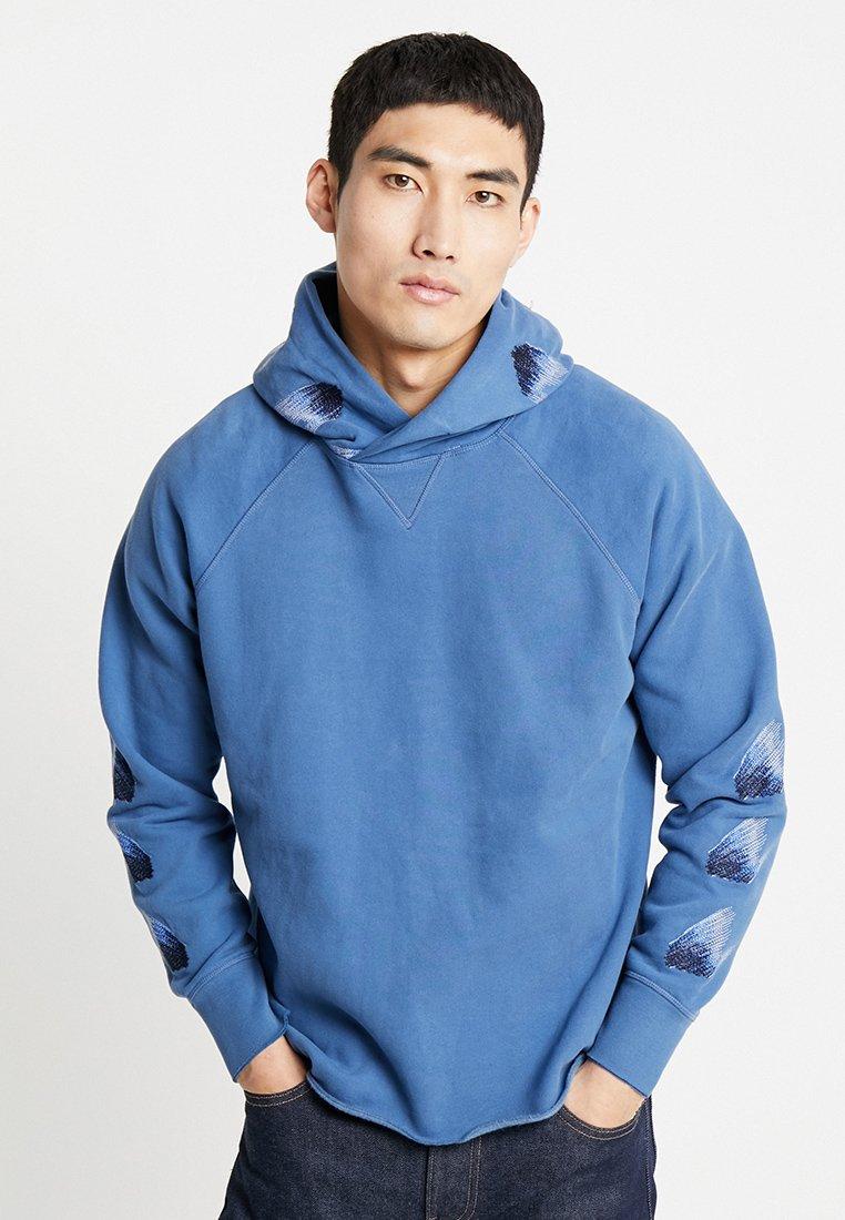 Levi's® Made & Crafted - UNHEMMED HOODIE - Hoodie - moonlight blue