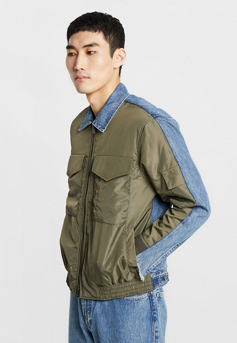 Levi's® Made & Crafted - SPLICED - Bomber Jacket - kalamata