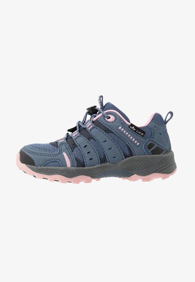 FREMONT - Sneakers laag - grau/rosa