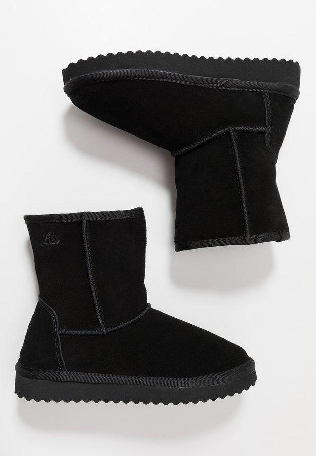 ALENA - Korte laarzen - schwarz