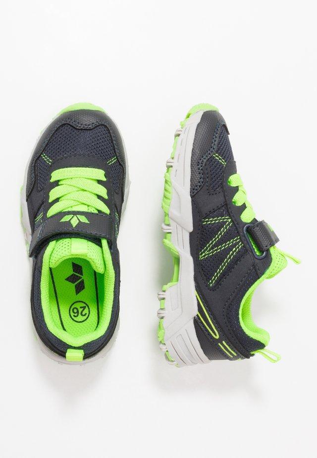 CHESTER VS - Sneaker low - marine/lemon
