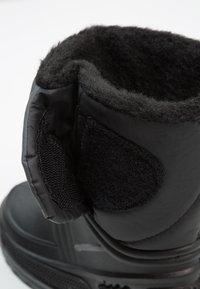 LICO - TERRA - Vysoká obuv - schwarz/grau - 2