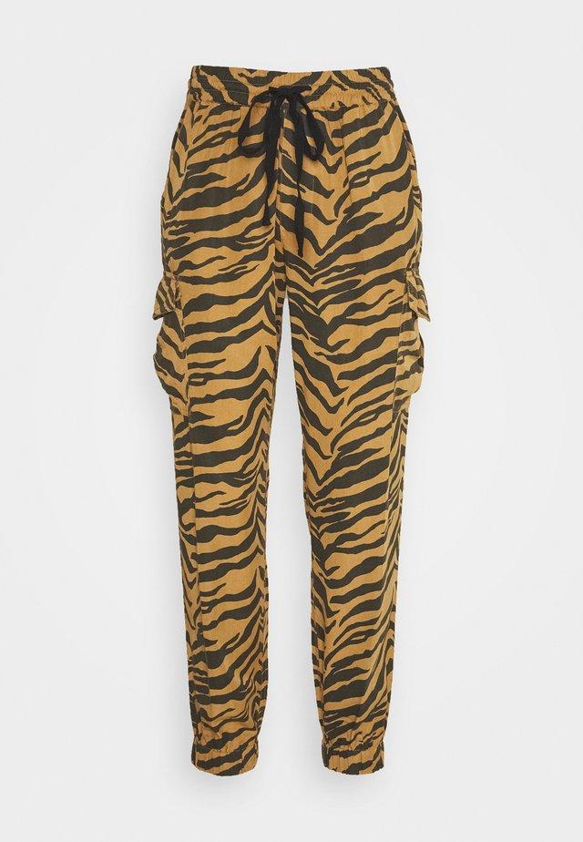 PARKER TIGER - Kalhoty - brown