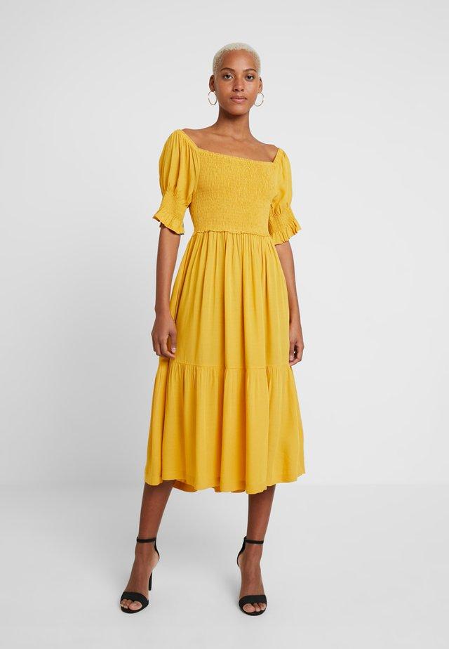 RUSTINE - Maxiklänning - yellow