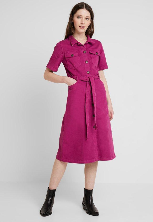 RUSSEL  - Jeanskleid - pink