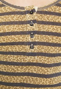 Leon & Harper - TANGOU  - Langærmede T-shirts - sable - 5