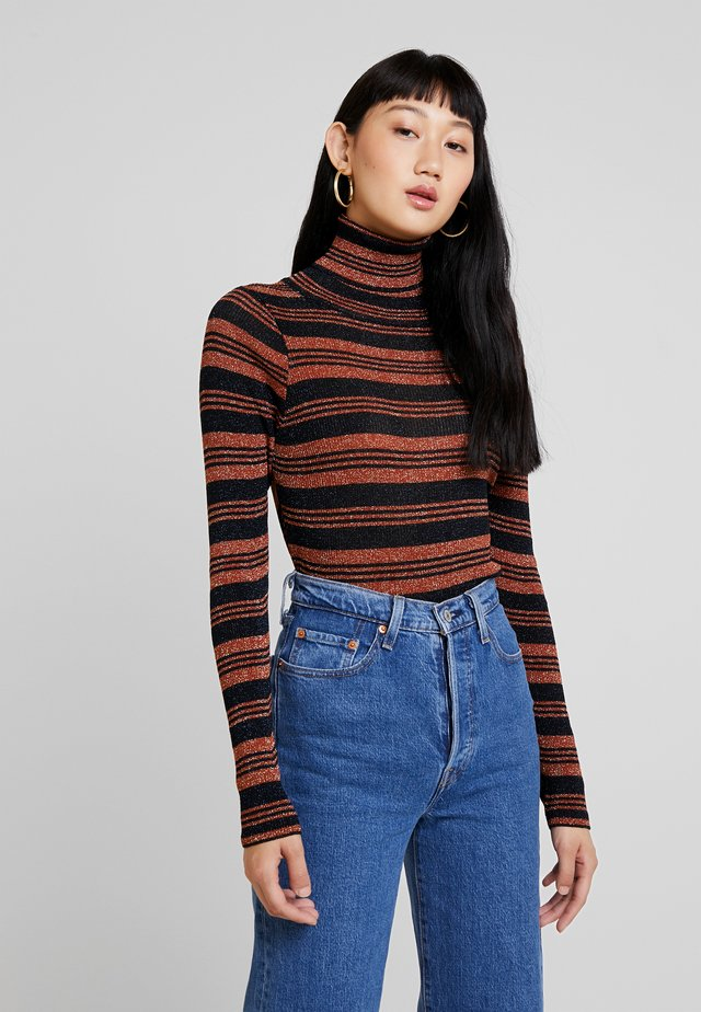 NUMBIA - Strikkegenser - rust