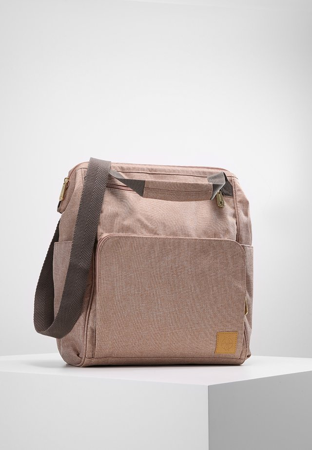 GOLDIE BACKPACK - Wickeltasche - rose