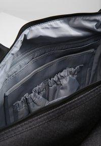 Lässig - NECKLINE BAG - Vaippalaukku - denim black - 4