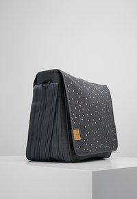Lässig - MESSENGER BAG TRIANGLE - Tasker - dark grey - 3