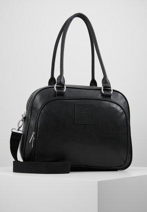 TENDER CIPO BAG SET - Wickeltasche - black