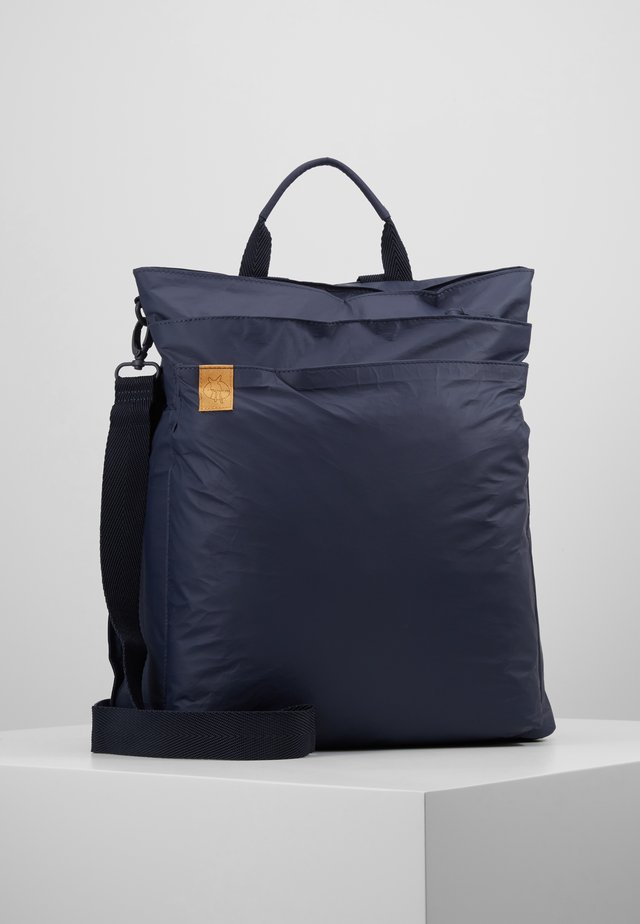 GREEN LABEL TYVE BACKPACK SET - Wickeltasche - navy