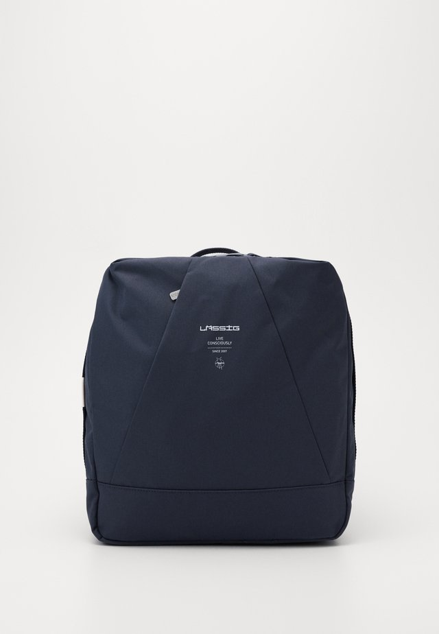 OCEAN BACKPACK - Ryggsekk - navy