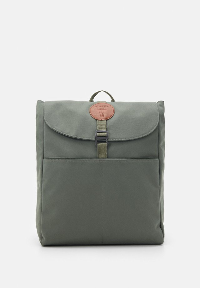 BACKPACK ADVENTURE - Tagesrucksack - olive