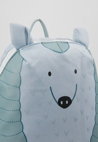 Lässig - BACKPACK ABOUT FRIENDS LOU ARMADILLO - Reppu - blue - 2