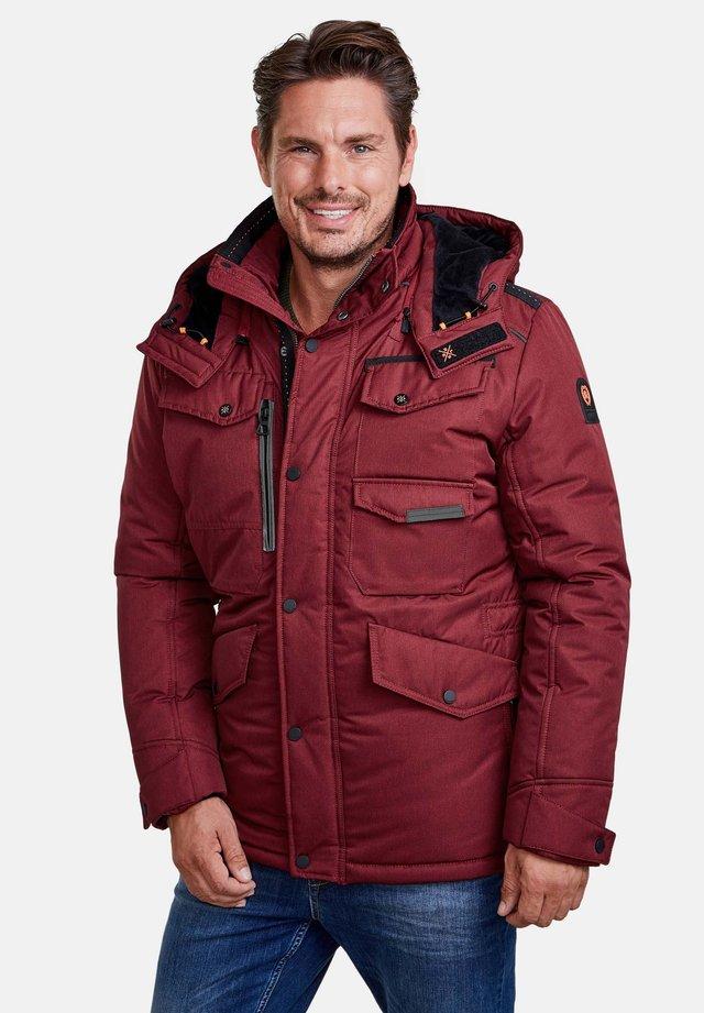 Outdoor jacket - true red