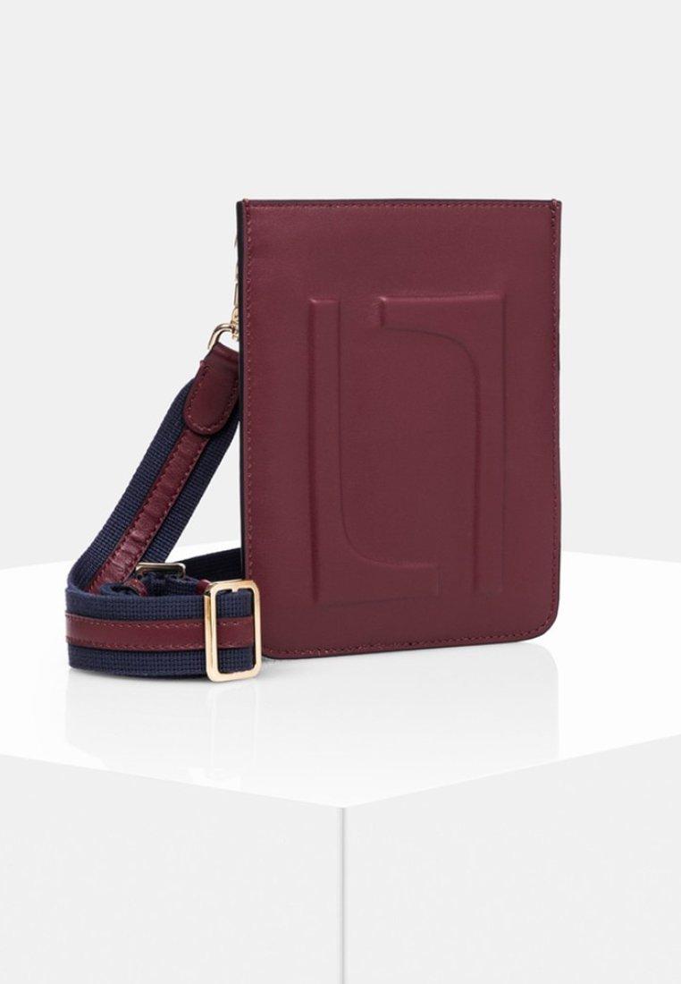 Laurel - Phone case - dark red