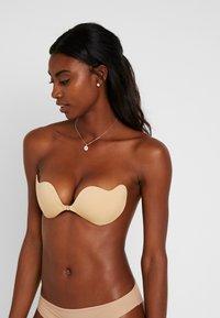 LASCANA - STICK ON BRA - Multiway / Strapless bra - skin - 0