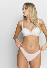 LASCANA - PADDED BRA - Beugel BH - cream - 1