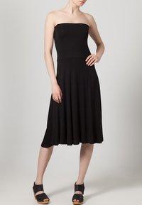 LASCANA - 4-in-1 - Strand accessories - schwarz - 0