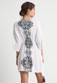 Buffalo - Strand accessories - weiß/schwarz - 2