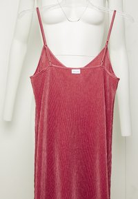 LASCANA - PLISSEE NEGLIGÉ - Nightie - dark mauve - 4