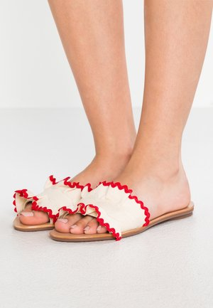 BIRDIE RUFFLE SLIDE - Mules - natural/red