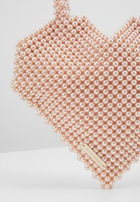 Loeffler Randall - MARIA BEADED HEART TOTE - Kabelka - blush - 6