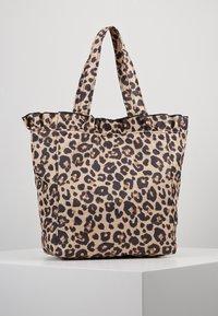 Loeffler Randall - ROXANA LARGE TOTE - Shopping Bag - camel - 2