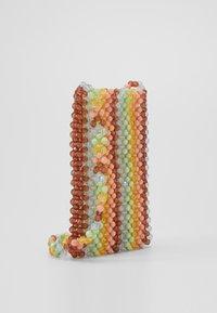 Loeffler Randall - GEORGINA BEADED PHONE CROSSBODY - Sac bandoulière - multi-coloured - 3