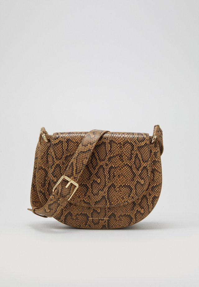 CECIL SADDLE BAG - Schoudertas - light brown