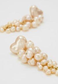Loeffler Randall - TALLULAH HEART - Náušnice - pink pearl - 5
