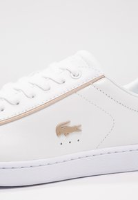 Lacoste - CARNABY EVO 118 6 SPW  - Sneakers - white/gold - 6