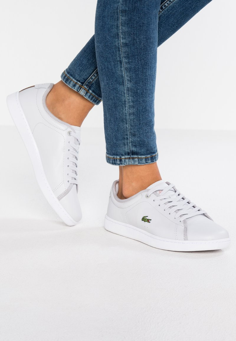 Lacoste - CARNABY EVO - Trainers - light grey/white