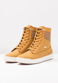 Lacoste - EXPLORATEUR CAW - Sneaker high - tan/offwhite - 4