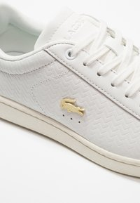 Lacoste - CARNABY EVO  - Sneakers laag - white - 2
