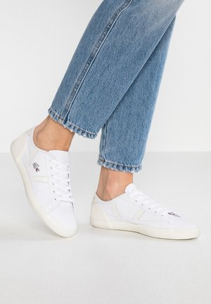 SIDELINE - Sneakers laag - white