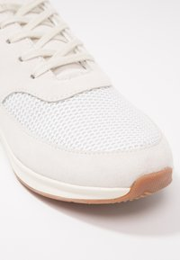 Lacoste - CHAUMONT - Trainers - offwhite - 2