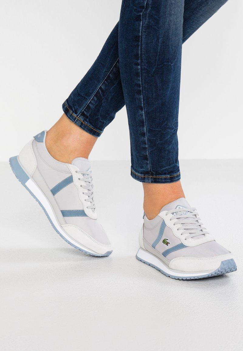 Lacoste - PARTNER - Sneakersy niskie - grey/white