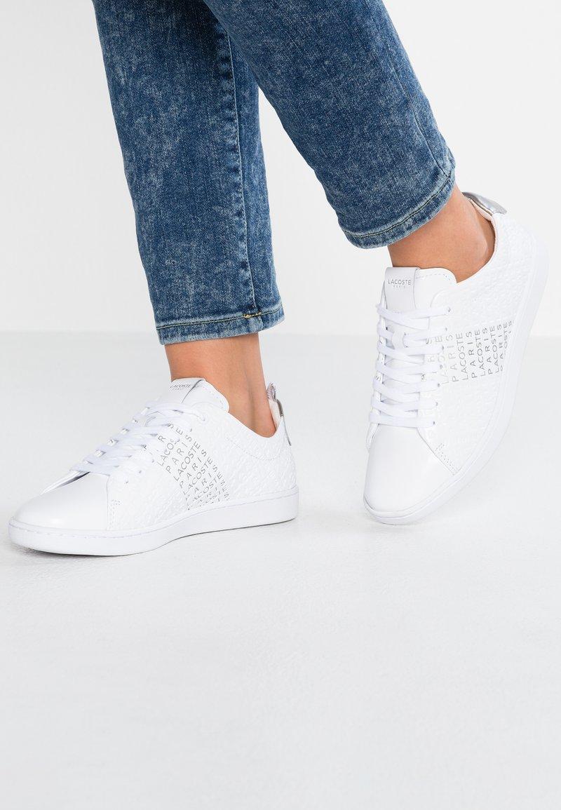 Lacoste - CARNABY EVO  - Sneaker low - white