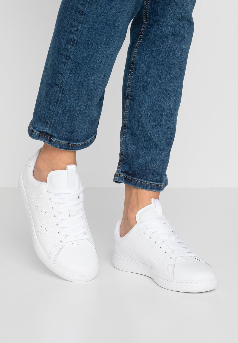 Lacoste - CARNABY LIGHT - Sneaker low - white