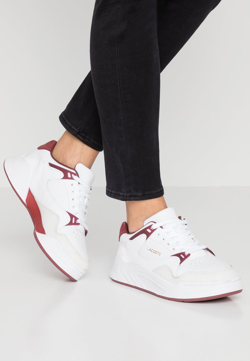 Lacoste - COURT SLAM  - Trainers - white/dark red