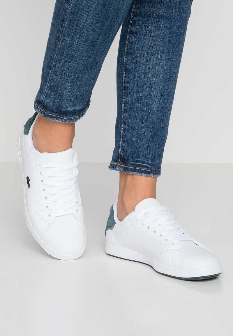 Lacoste - GRADUATE  - Trainers - white/dark green