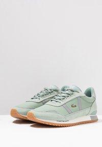 Lacoste - PARTNER RETRO - Sneaker low - light green/offwhite - 4