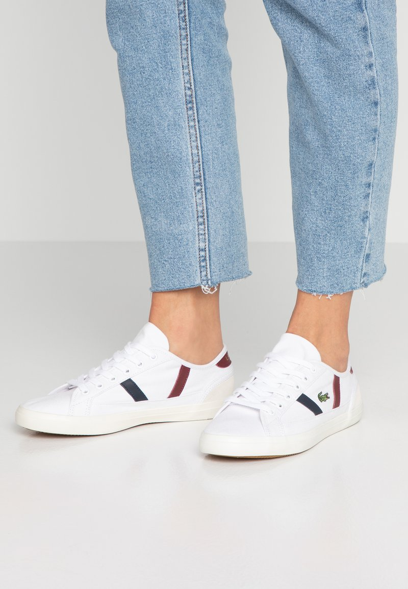 Lacoste - SIDELINE - Sneakers - white/dark red/navy