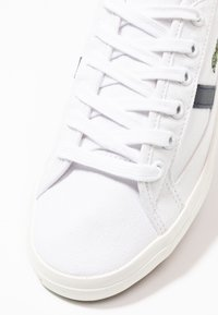 Lacoste - SIDELINE - Sneakers - white/dark red/navy - 2
