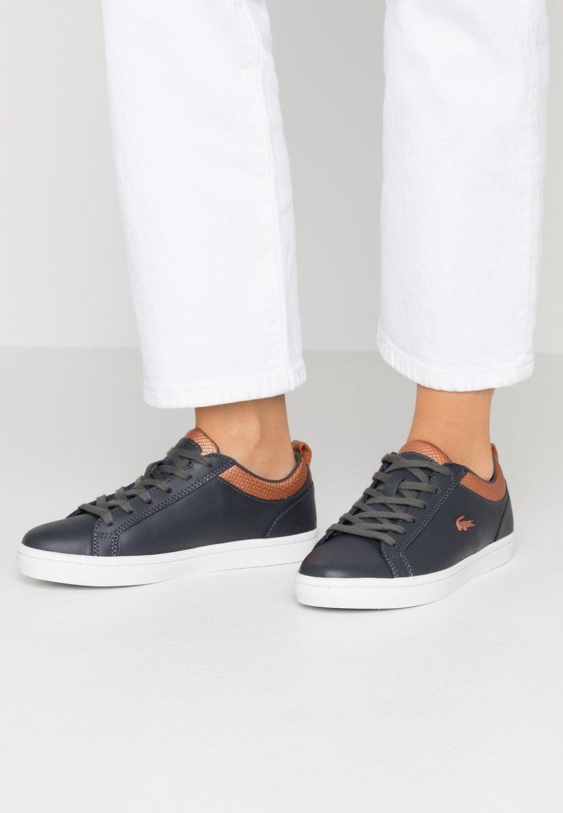 Lacoste - STRAIGHTSET  - Sneakersy niskie - dark grey