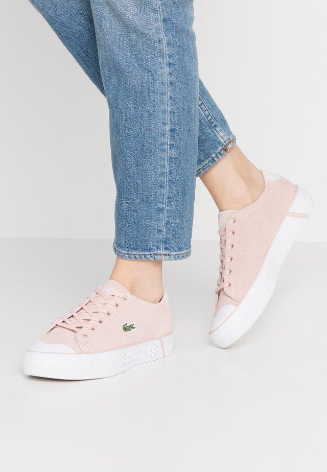 LACOSTE - DAMEN SPORTSWEAR SCHUHE - Sneakers laag - natural/offwhite