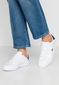 Lacoste - GRADUATE  - Sneaker low - white/black - 0