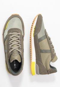 Lacoste - PARTNER RETRO - Trainers - khaki/yellow - 3